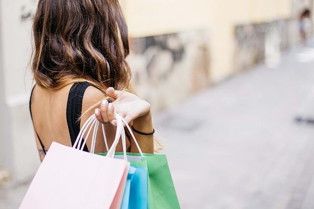 žena a nakupování